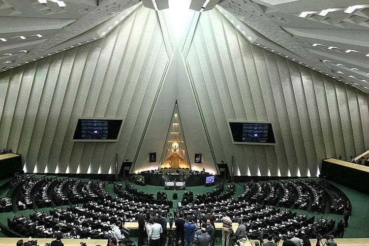 ISIS claims responsibility for Iran parliament and Khomeini tomb attacks