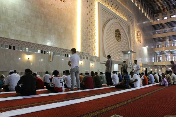 As Ramzan begins fasting through long hot summer days poses formidable challenge