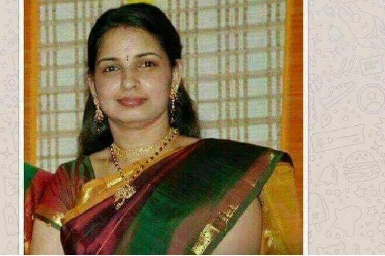 This viral image is supposed to be of Jayalalithaas daughter here is the truth