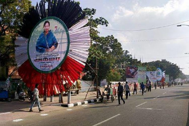 Protesters tear down Jayalalithaa posters adorning Chennai get detained
