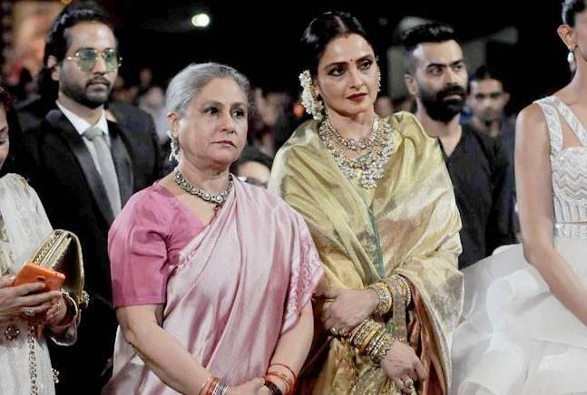 More than a billion Indians burst into tears of joy as Jaya and Rekha hugged