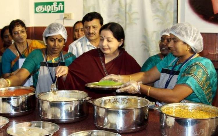 DMK guns for Jayalalithaa photo in Amma canteens