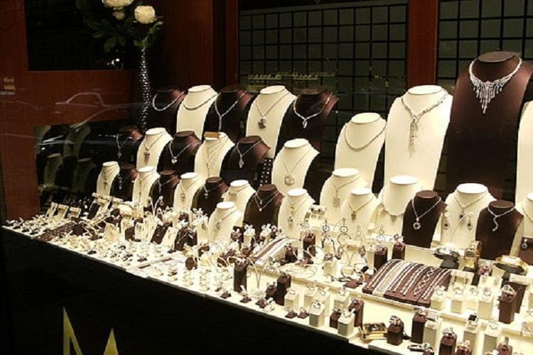 Chennai jeweller Nathella Sampathu Chetty admits to cheating investors says it owes over Rs 75 cr
