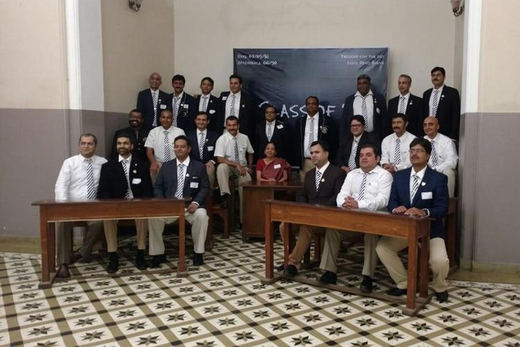 Forty-year-olds celebrate 25th reunion in Bengaluru as if they were still in school