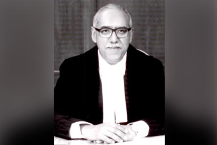 Those who oppose govt cant be labeled anti-national SC judge Justice Deepak Gupta