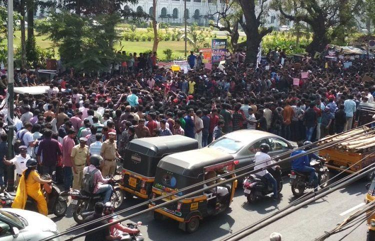 JusticeForSreejith Social media users organise massive rally in Thiruvananthapuram