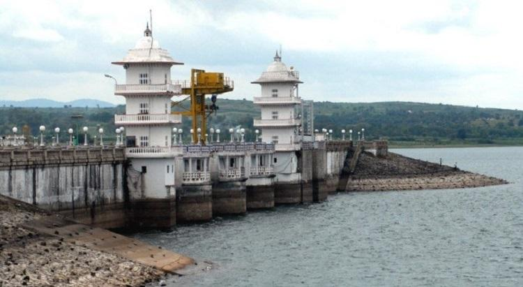 Villages surrounding Kabini reservoir issued flood warning as heavy rain fills up dam