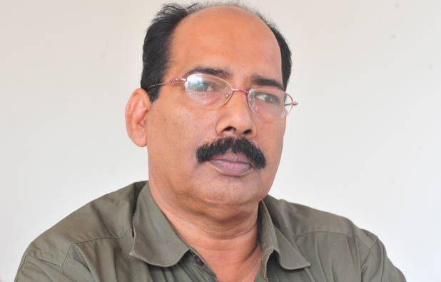 Famous Kerala writer Akbar Kakkattil passes away