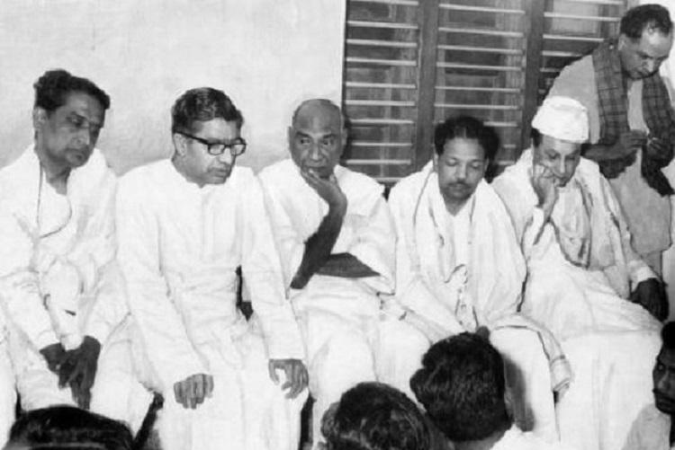 Karunanidhi came forward with land for Kamaraj funeral Pazha Nedumaran