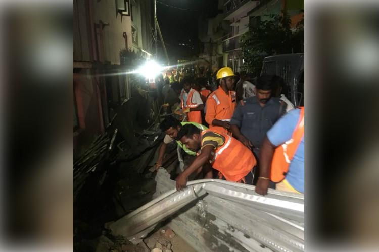 Many injured few critical after scaffolding of under construction building in Chennai collapses