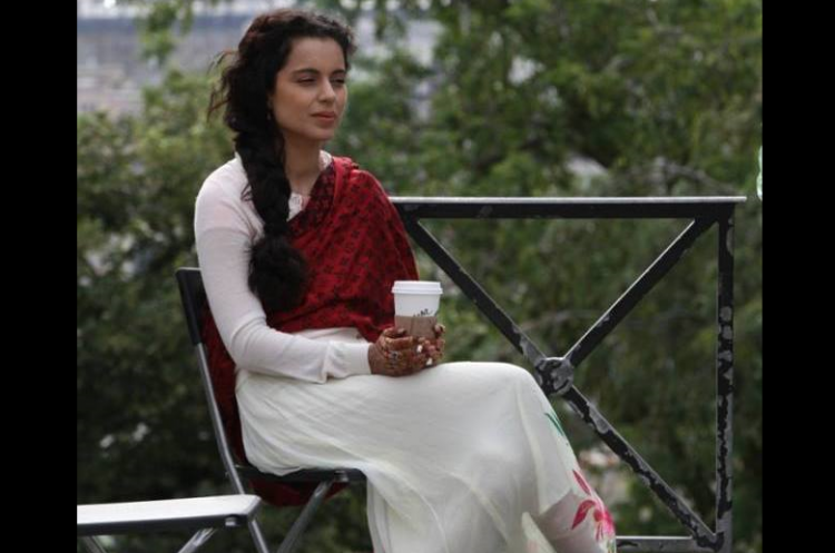 Kangana Ranaut dodges questions on Hrithik Roshan asks to respect privacy
