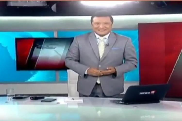 You think anchors dont wear trousers This journalists last bulletin was for you