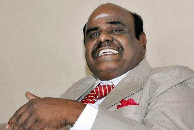 Kolkata Police team in TN to nab Justice Karnan