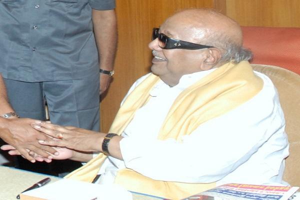 Karunanidhi seeks Jayalalithaas response over Union Ministers remarks on administration