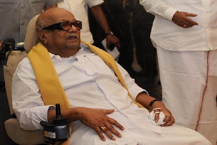 Karunanidhi's death: Two foreigners join DMK cadre to shout slogans