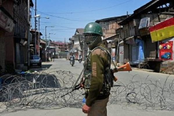 Kashmir violence Toll reaches 16 curfew imposed
