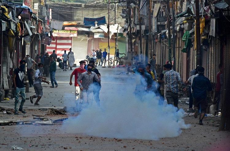 UN chief calls for maximum restraint to curb Kashmir unrest