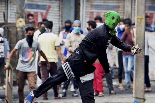Kashmir unrest Mob topples police vehicle rolls it down to river death toll reaches 19