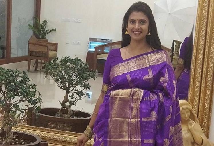 Not entering politics Actor Kasthuri says she took political stage for Cauvery