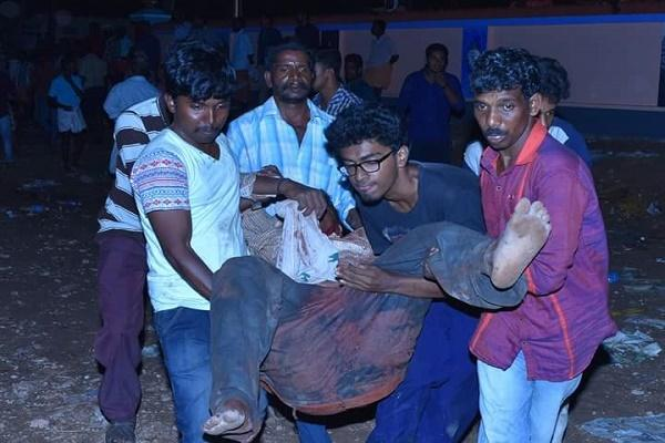 Hospitals in Kollam and Travancore Medical College struggle to save those injured in temple fire