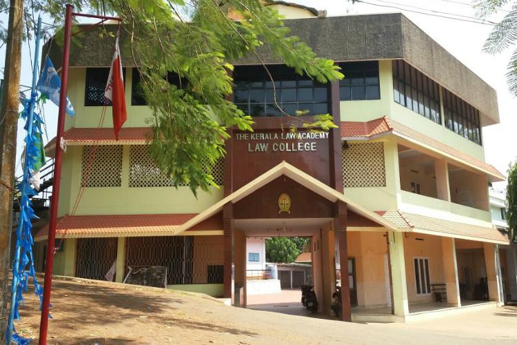 After strike Kerala Law Academy begins to abide by the law