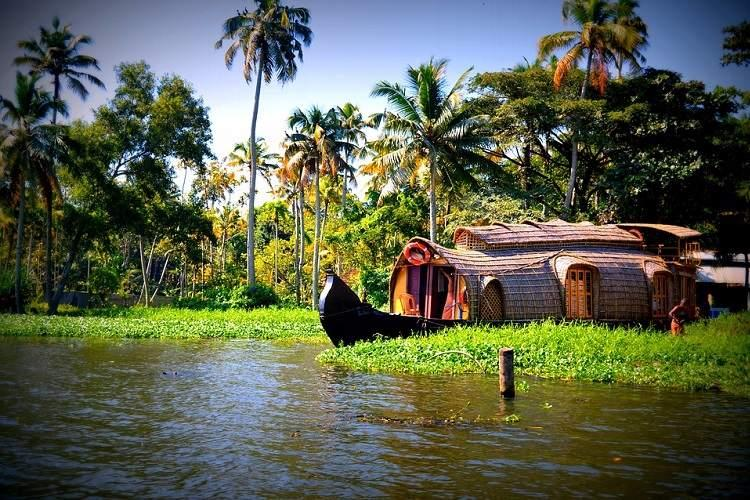 Kerala registers 571 growth in tourist arrivals in 2016