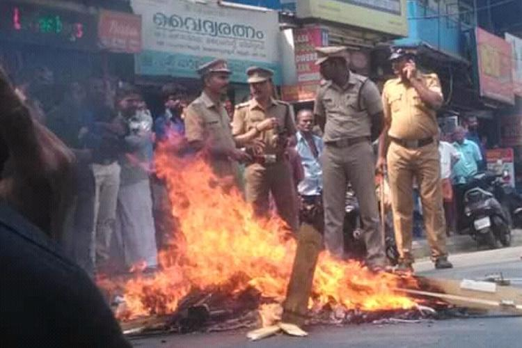 Sabarimala violence 1286 cases registered in Kerala 3187 people arrested
