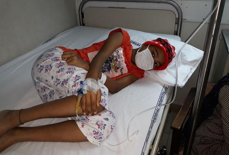 She has cancer and is in pain shes just 10 yrs old Your help could save her life