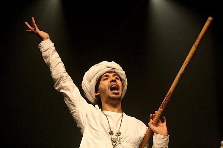 The Bard in Hidigindidigi Get set for A Midsummer Nights Dream in Hindi Gibberish