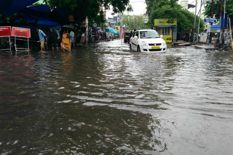 Just the beginning of monsoon and Kochi is already inundated