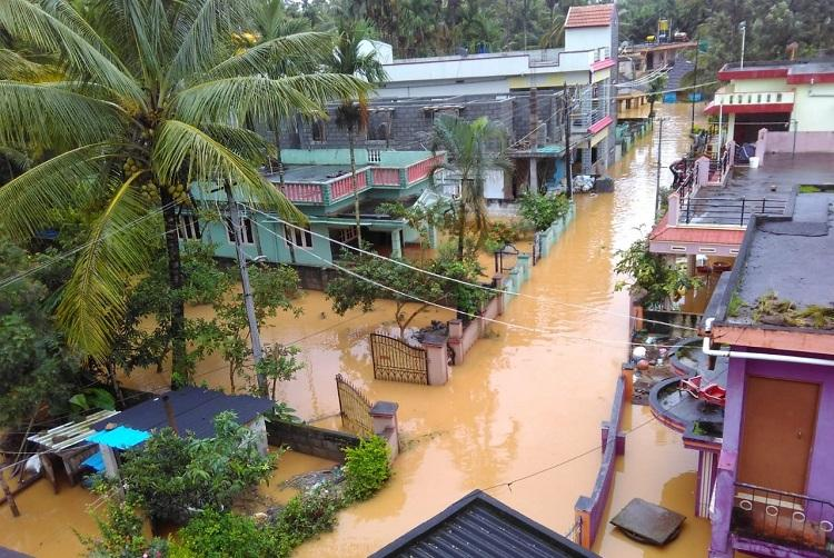 Kodagu floods 10 feared dead thousands stranded in hillocks as rescue ops continue