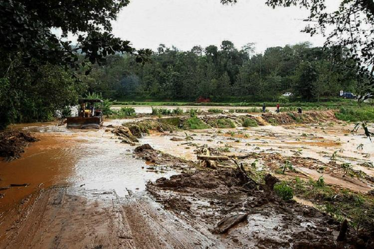 Ktaka govt gives Rs 200 cr more for rain-ravaged central and coastal districts
