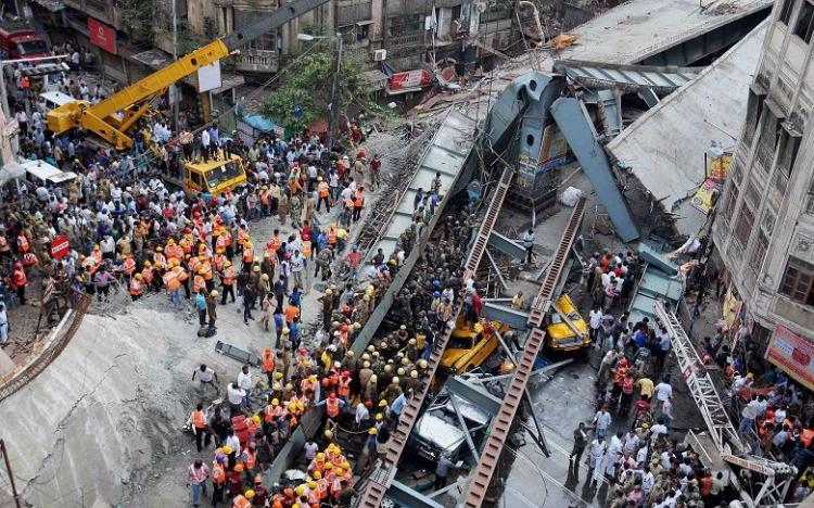 Kolkata flyover collapse Three ridiculous excuses given by Hyderabad-based builder