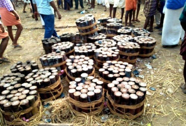 Kollam temple fire Absconding fireworks contractor and wife arrested
