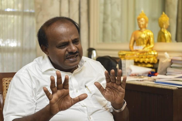 Kumaraswamy tapped Siddaramaiah and Yediyurappas phones alleges former JDS president