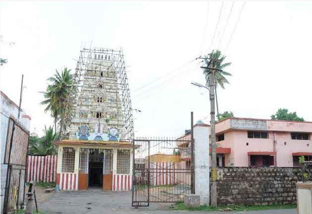 Karnataka HC allows non-Hindus to continue to lease shops belonging to Mandya temple