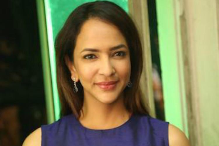 Lakshmi Manchu bags important role in Tumhari Sulu Tamil remake