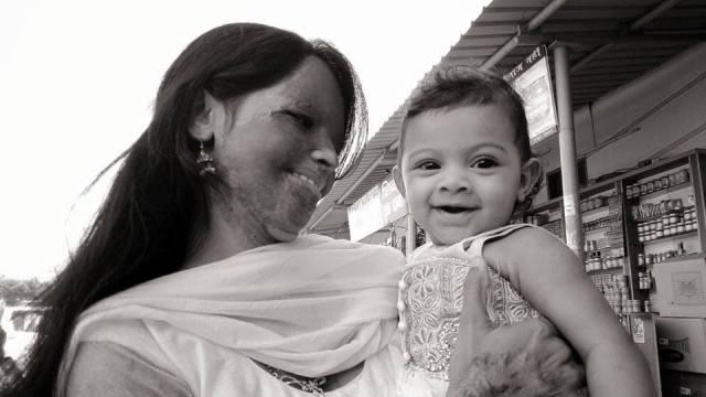 These pictures of Laxmi and her baby is the most beautiful thing you will see today