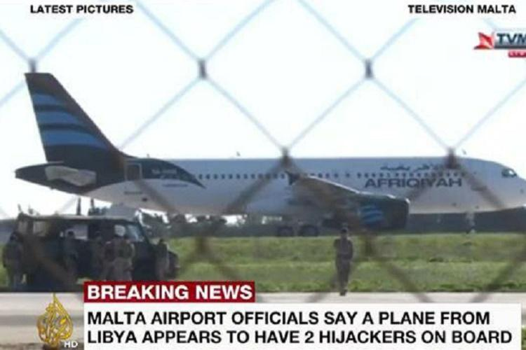 Libyan aircraft hijacked Lands in Malta with 118 passengers