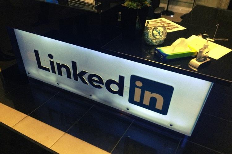 LinkedIn rolls out Career Advice for 45 million members in India