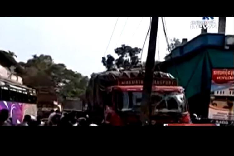 Lorry rams into school children in Malappuram 2 dead