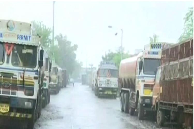 Amidst strike stones hurled at lorry in Kerala cleaner dies of injuries