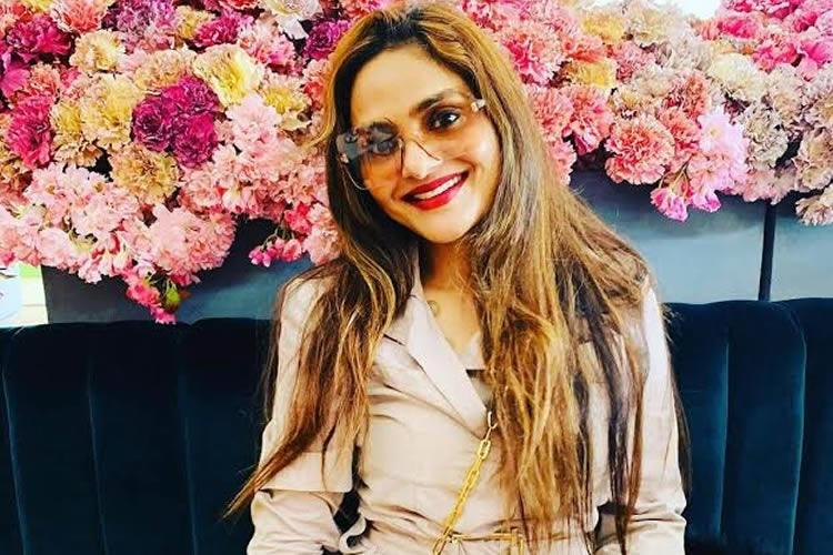 Madhoo plays a doctor in Raymo