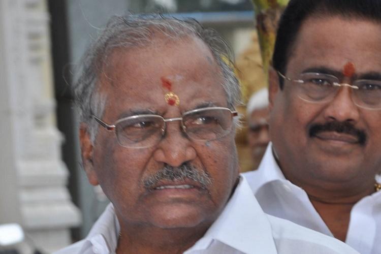 Madhusudhanan is AIADMKs RK Nagar bye poll candidate EPS-OPS finally reach consensus
