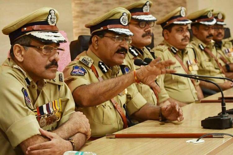 Telangana police to go tech-savvy all stations to have social media accounts by 2018