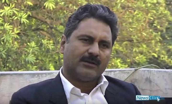 Filmmaker Mahmood Farooqui granted bail in American scholar rape case