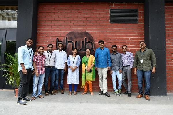 The disorganised alumni network space in India is becoming a business opportunity for startups