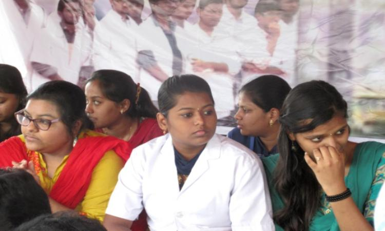 College shut no word on refund The future is bleak for 99 medical students in Andhra