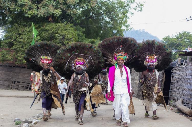 When newly-wed women meet snake god Telangana tribal man captures Nagoba Jatara fest