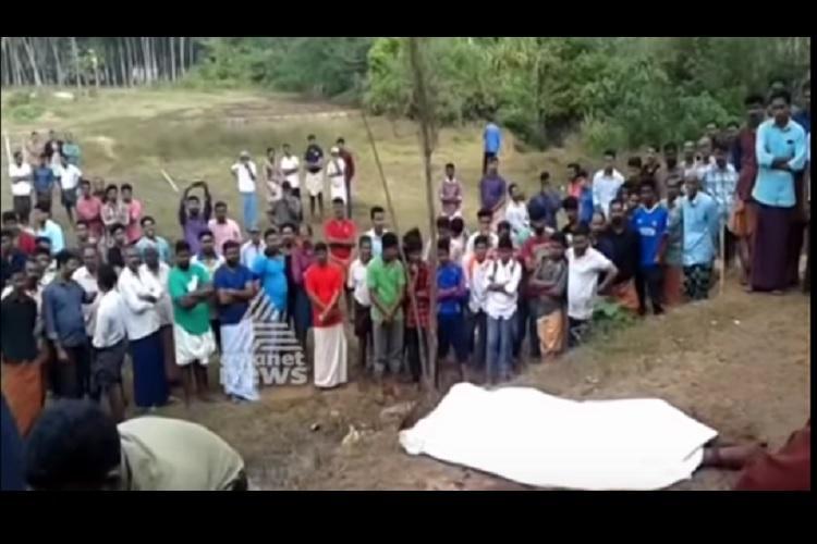 Kerala man beaten to death body abandoned half naked on roadside in Kannur